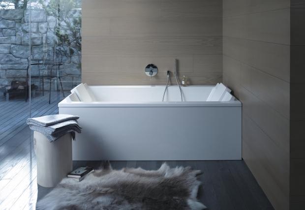 Duravit baignoires en lot baignoires baln o et receveurs de douche par philippe starck - Baignoire ilot duravit ...