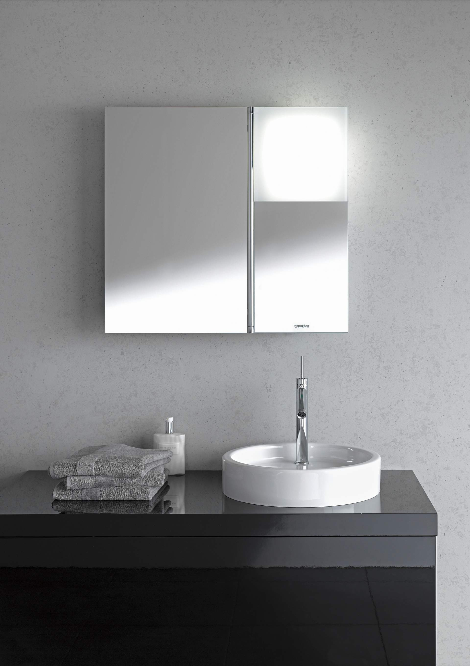armoires de toilette miroirs avec clairage duravit. Black Bedroom Furniture Sets. Home Design Ideas